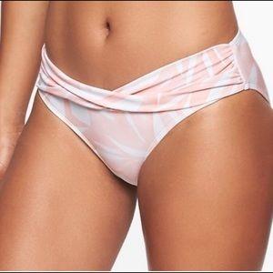 NWT ✨ Athleta South Beach Twist Blush Pink Bottoms